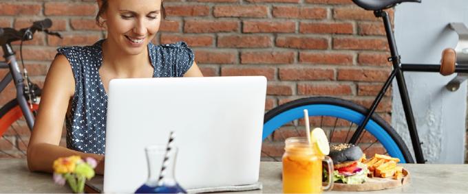 Online lunch met CvB levert stagiairs mooie inzichten op